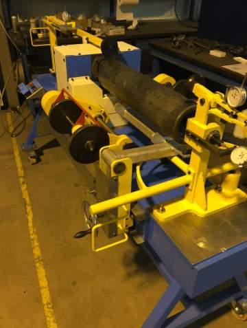 Étude, réalisation, montage et mise au point d'un banc de contrôle de forgés cylindriques pour l'armement.