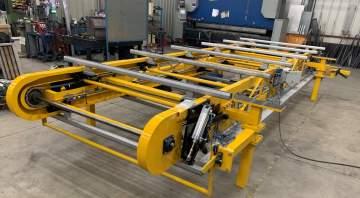 Conception, fabrication, montage et installation sur site client d'un convoyeur aérien pour l'industrie automobile.